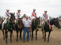 The State Campdrafting Champion Zone was awarded to Zone 7, with riders pictured left to right; Georgia Bennetts, Hannah Riley, Andrew Hordern and Clancy Martin achieving the most points in the Zone, pictured with the Zone 7 Chief Instructor, Phil Lo